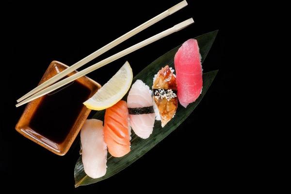 Икура (икра лосося)